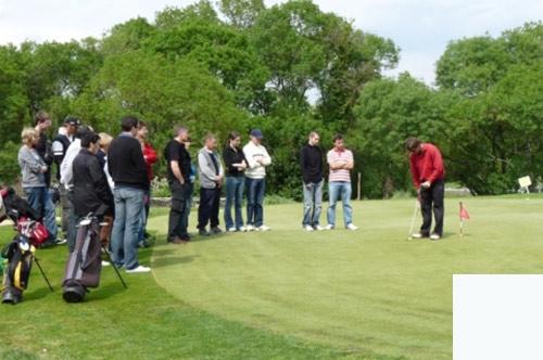 initiation golf pour séminaire entreprise en PACA