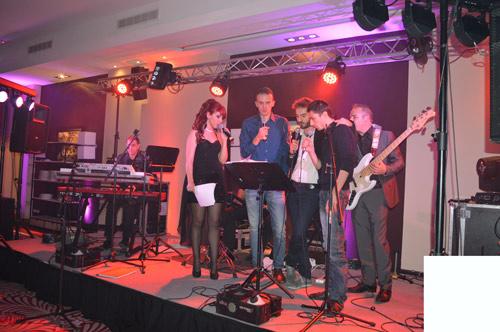 Soirée karaoké groupe live pour entreprise