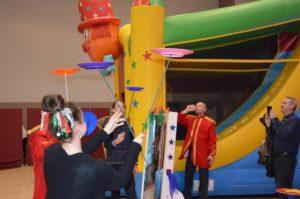 incentive-oversized-indoor-games