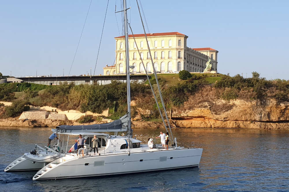 balade-catamaran-privatise-marseille
