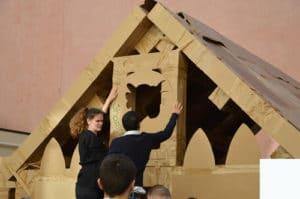 Team-Building-construction-carton