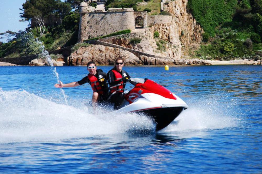 incentive-jet-ski