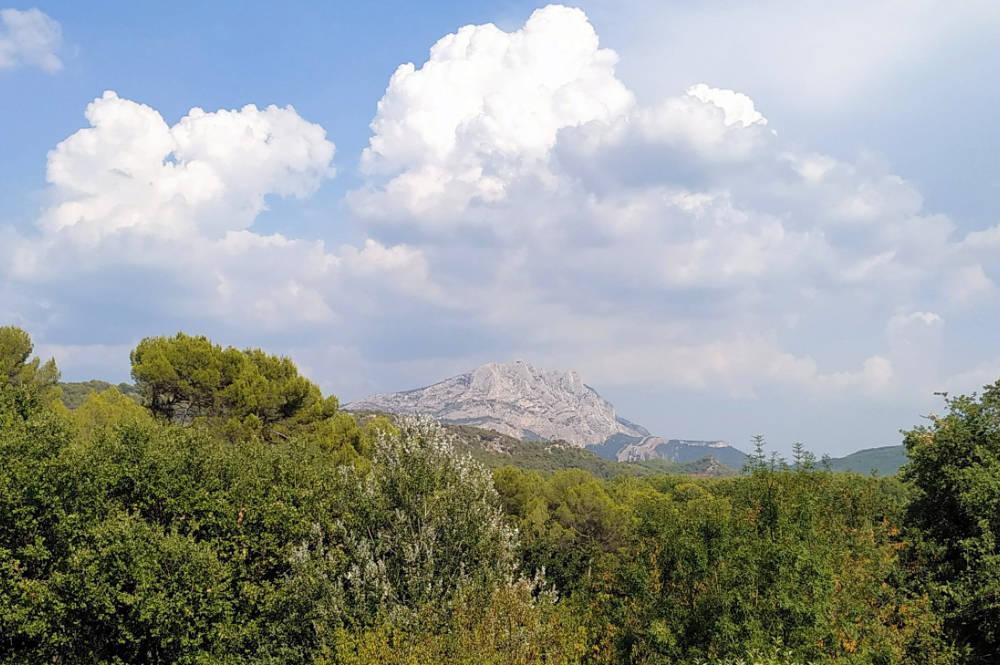 montagne sainte victoire activ provence