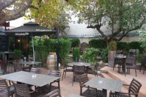 terrasse-restaurant-provence-verte